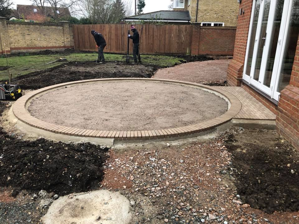 danbury circular patio